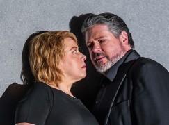 American tenor receives Austria's highest opera honour