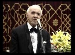 An international baritone has died, aged 85