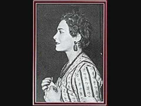 She sang Liu to Callas's young Turandot