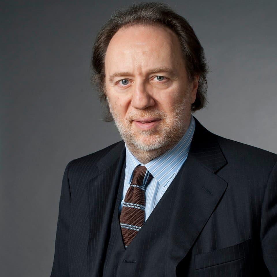 La Scala renews its music director