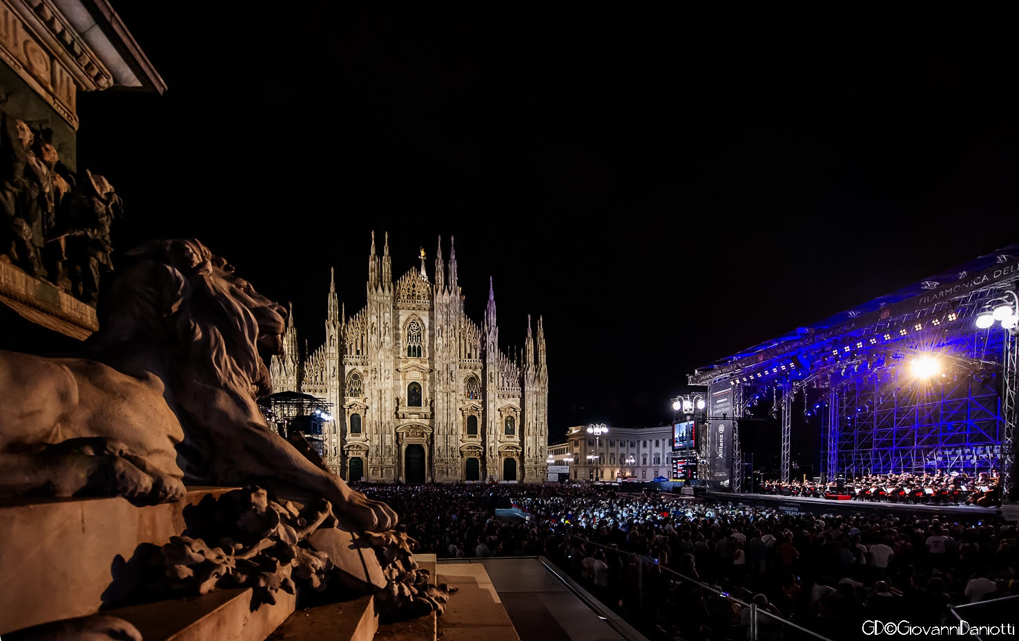 La Scala's overflow